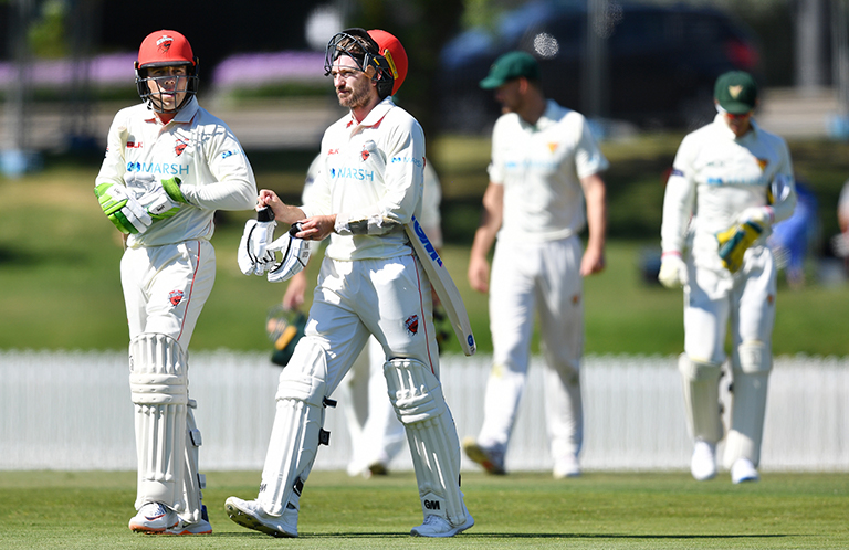 Nielsen and Sayers fought hard for the Redbacks on Day One